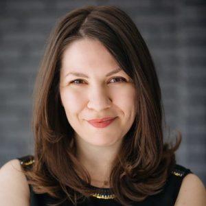 Alexandra Cavoulacos Headshot