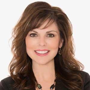 Linda Ginac Headshot